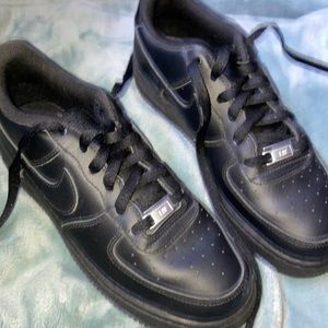 Big kids Black air forces